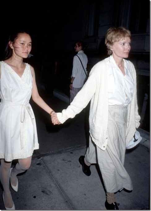 mia-farrow-with-soon yi 1991